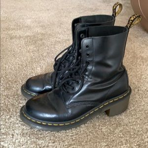 dr martens size 8 heeled combat boots